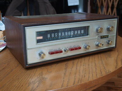 Vintage Fisher 600 receiver with Wooden Cabinet Powers-Up NR!