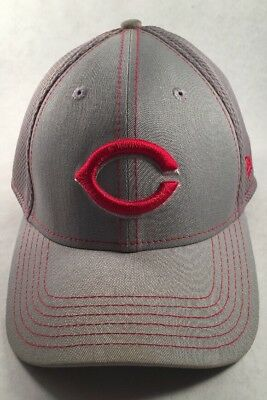 NEW MLB NEW Era Cincinnati Reds Fitted Visor Cap Size Medium-Large ... 2cbef2bd1da4