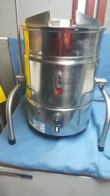 Groen Calico Cottage Fudge Kettle TDB/8-20. Excellent Condition! Free Shipping!