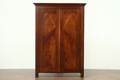 Delicieux Walnut Antique 1850u0027s Armoire, Closet Or Wardrobe, Gothic Arch Doors