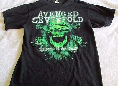 2011 Avenged Sevenfold Concert Black T Shirt. sz. M.  Welcome to the Family