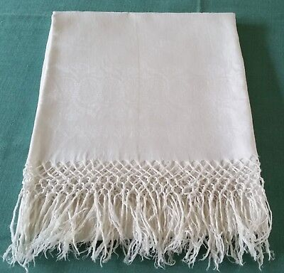 """Victorian Linen Damask Fringed Show Bath Towel - 40"""" by 26"""""""