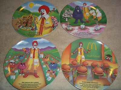 VINTAGE RONALD McDONALD PLASTIC PLATES 1989, PRE-OWNED SET OF 4