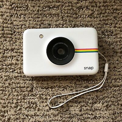 EUC White Polaroid Snap Instant Digital Camera with ZINK Zero Ink Technology NR!