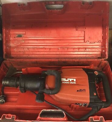 Hilti TE 1000-AVR Demolition Hammer with one Chisel