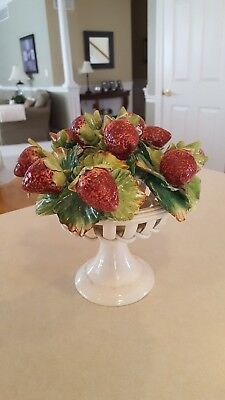 Capodimonte White Woven Ceramic Vase With Strawberries And Leaves Made In Italy