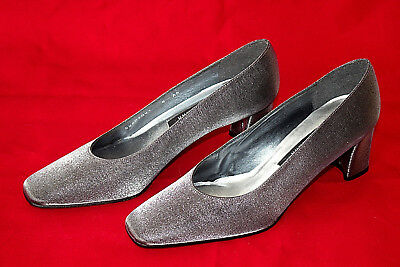 27bed7536caf New STUART WEITZMAN Shimmer Metallic Pewter Fabric Dress Pumps 8N Spain