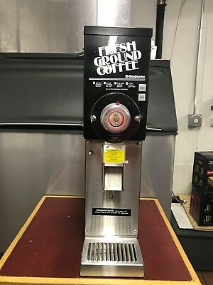 Grindmaster 890 3lbs coffee grinder GREAT CONDITION