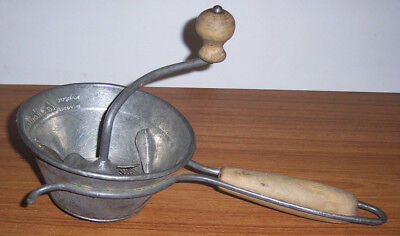 Vintage La Moulinette Vegetable Mill For Purees, Soups, Etc By Moulinex