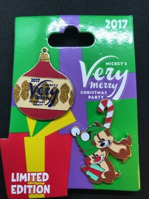Disney Mickey's Very Merry Christmas Party 2017 Chip And Dale Pin LE 5300