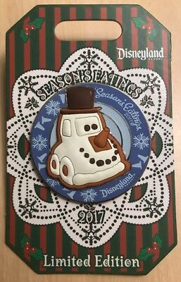 Disney Season's Eatings Pin SNOWY SNOWMAN CAR 2017 Gingerbread Disneyland LE3000