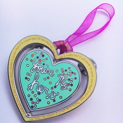 Wreck It Ralph Stinkbrain You're My Hero Cookie Medal Fantasy Pin LE50 Vanellope