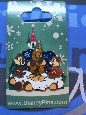 Disney Parks Chip And Dale Roasting By The Fire 2017 Holiday Pin