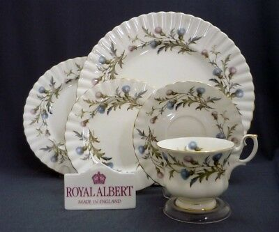 Royal Albert England BRIGADOON Thistle Bone China 5 Piece Place Setting (s)