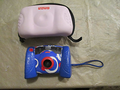 Fisher Price Kids Digital Camera 2006 Blue White Red Kid Tuff and Case works