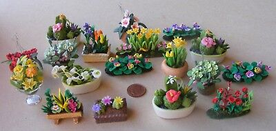 1:12 Scale Mixed Colour Orchid Tumdee Dolls House Flower Garden Accessory 70