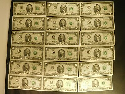25 1976 US $2 Small Size Federal Reserve Notes Sequential Uncirculated