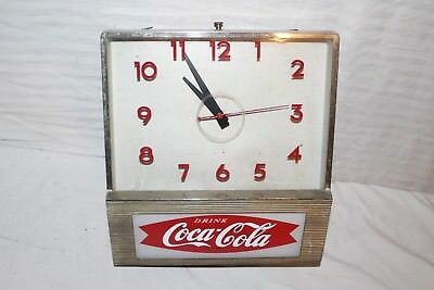 """Vintage 1960's Coca Cola Fishtail Soda Pop Gas Oil 12"""" Lighted Clock Sign~Works"""