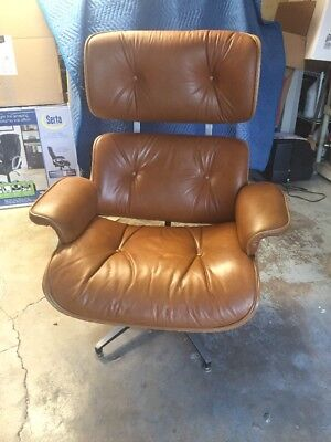 Vintage Selig Lounge Chair (Eames Style)! Nice!