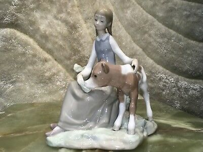 Gorgeous And Beautiful Hand Made Spain Lladro Figurin Girl And Calf