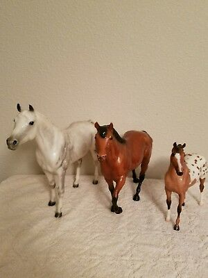 Lot Of Three Large Traditional Breyer Horses