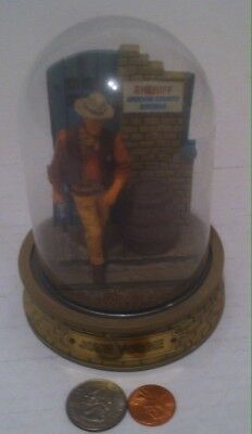 The Franklin Mint John Wayne Limited Edition Hand Painted Sculpture w Glass Dome
