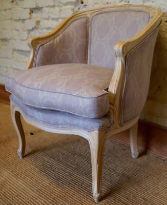 Vintage French Louis XV Gondola Bergere Armchair in KATE FORMAN 'Margot' Linen
