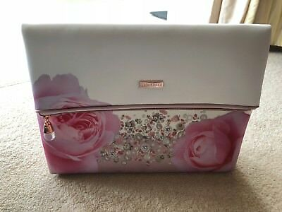 5e9e70a8a8f976 TED BAKER BLUSH Bouquet Large Cosmetic Bag - Bag Only - £10.50 ...