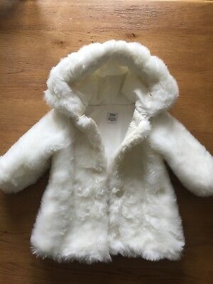 d743b4bf5081 MAMAS   PAPAS BABY GIRLS FAUX FUR WINTER LINED COAT - 9-12 Months ...