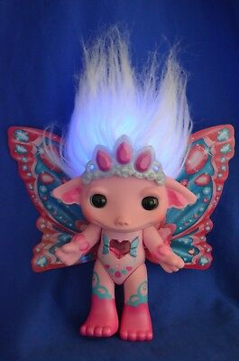 "The Zelfs - ""Princess Crystella"" Light Up Glow Zelf"