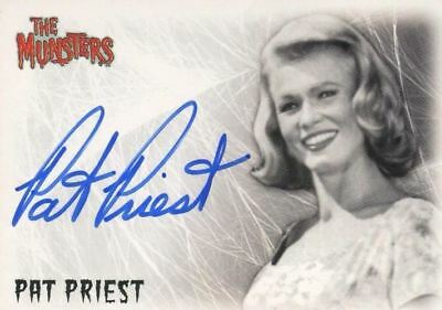 Munsters (2005) Pat Priest as Marilyn Munster Autograph Card A2