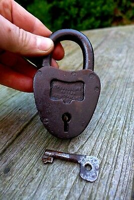 Antique Padlock With One Working Key Unique Made in Russia Collector Rare 08-10