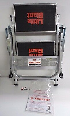 Store display Little Giant Safety Step Two Step Ladder Type IA w/ Bar 10210BA
