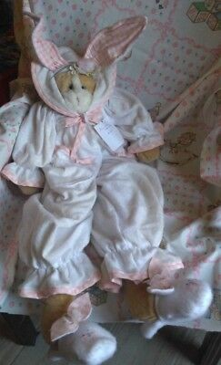Bunnies By The Bay Cottontail (by suzanne) 1986 handmade plush doll