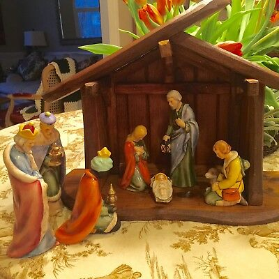 Goebel 10 Piece Nativity Set, Large Figurines, Plus Crèche, STUNNING