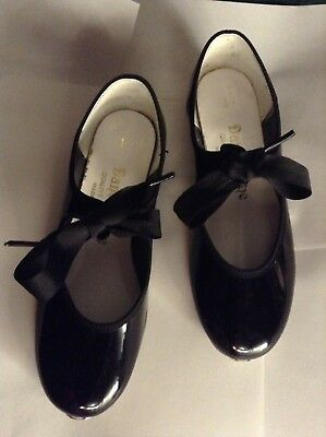 Girls tap shoes size 1 black patent