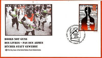 FDC 22 UNITED NATIONS Envelope oblit.1er day 2004 BOOKS NOT A ARMES