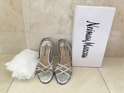 "Manolo Blahnik Sz 39 Lds Silver Tone Leather 4""evening Slingback Sandals Used Nb"