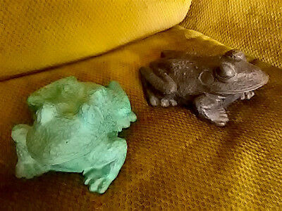 PAIR OF HEAVY, CAST FROG FIGURES for GARDEN, YARD OR POND 8 X 6 X 3 Inches