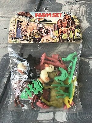 Vintage Plastic Farm Animals Set Made in HONG KONG Toys