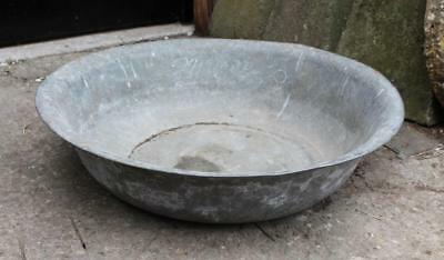 Antique Circular Galvanized Steel Feeder Planter