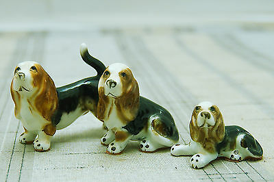 Vintage Set of 3 Miniature Figurines Tricolor  China Hound Dogs Unmarked