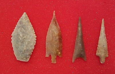 Group of 4 African neolithic arrowheads : Make An Offer