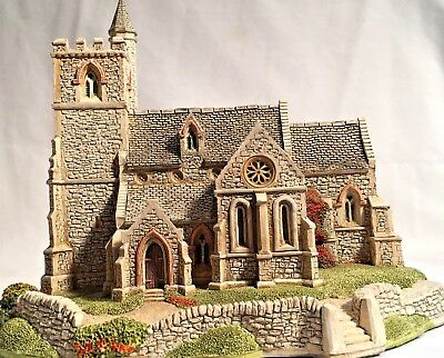 """Lilliput Lane """"St Lawrence Church"""" With Box - 5.75"""" Tall  -  1989"""