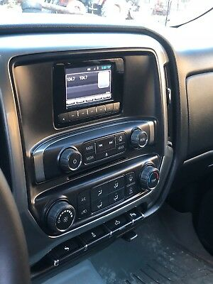 2014 Chevrolet Silverado 1500 Appearance Package mooth riding, lots of room, very good condition