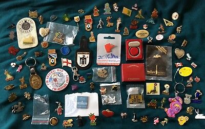 JOB LOT OF MIXED COLLECTION 💯 DIFFERENT BADGES / ITEMS. Car boot market