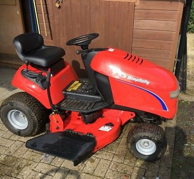 SIMPLICITY REGENT 15HP Ride On Lawn Mower 38