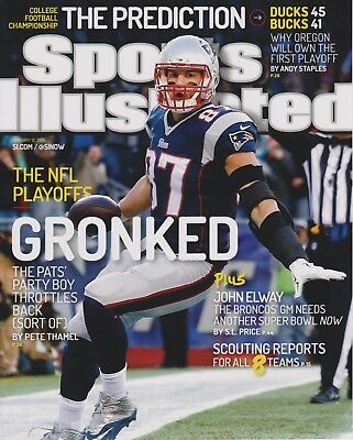 ROB GRONKOWSKI ~ 8x10  PHOTO ~ Sports Illustrated ~ Great picture for Autograph