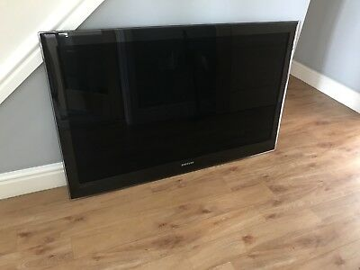 Television - Samsung, 50 inch, flat screen, HD. for Wall mounting (no stand)