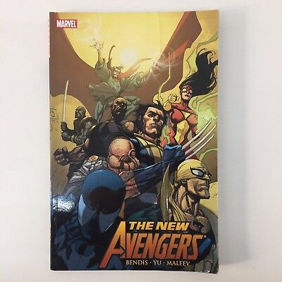 Graphic Novel Trade Paperback Marvel New Avengers Revolution Vol 6 Bendis Yu